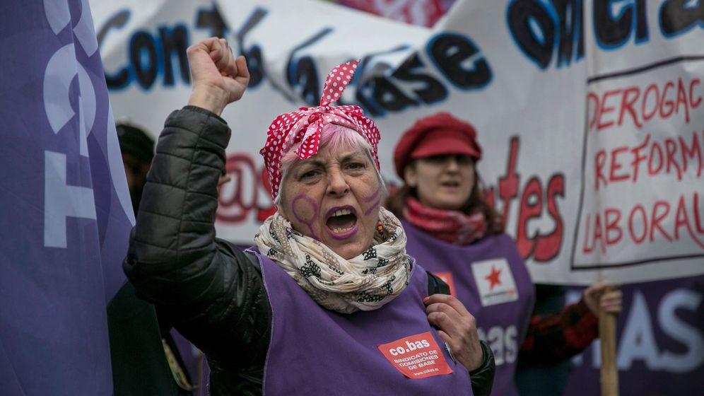 Foto: Participantes en la manifestación celebrada en Madrid durante la huelga general feminista. (EFE)