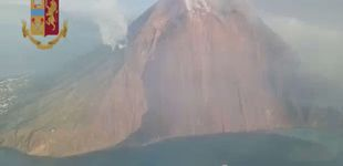 Post de Así ha sido la explosión del volcán italiano Stromboli que se ha cobrado una vida