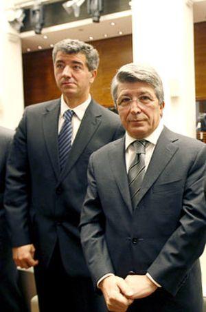 Enrique Cerezo toma el poder en el Atlético
