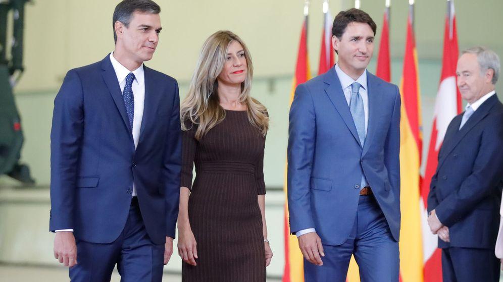 Foto: Gómez junto a Sánchez y Justin Trudeau. (Reuters)