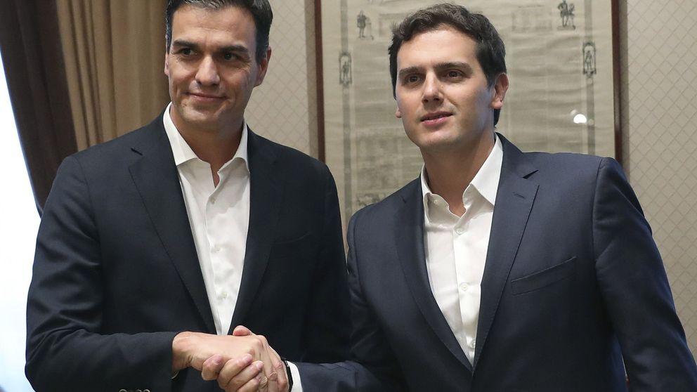 Rivera y Sánchez acuerdan impulsar la reforma constitucional el próximo otoño