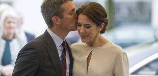 Post de Federico y Mary de Dinamarca hacen manitas cuando nadie les ve