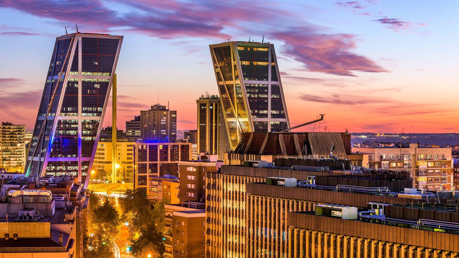 Foto: Vista general del distrito financiero de Madrid.