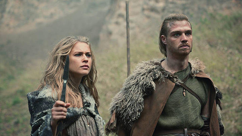 Thusnelda y Folkwin en una escena de 'Bárbaros'. (Netflix)