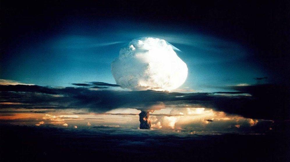 Foto: Recreación del lanzamiento de una bomba de hidrógeno. (WikiImages en Pixabay)