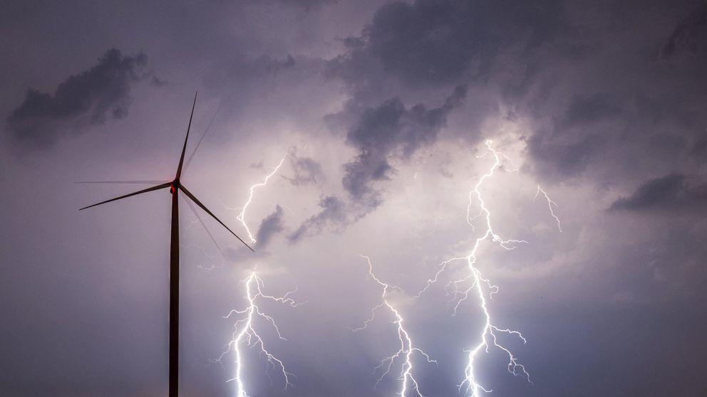 Las renovables elevan el 'informe Fabra' a la CNMC para meter presión a las eléctricas