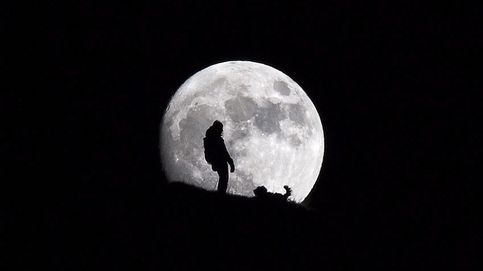 Luna llena en los Alpes