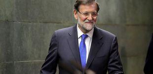Post de Mariano Rajoy 'superstar': arrasa con el libro, visita platós y gana en sueldo y casa