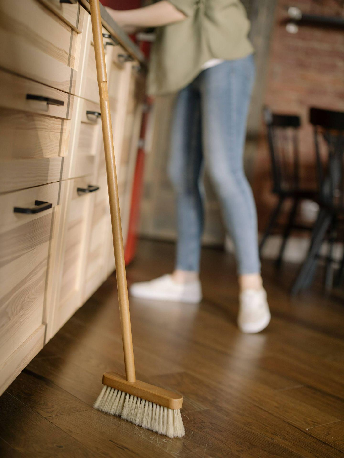Malos hábitos de limpieza a los que decir adiós. (Cottonbro para Pexels)