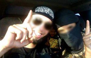 Fiestas, ropa occidental y chicas: el yihadismo 'cool' de la generación Gran Hermano