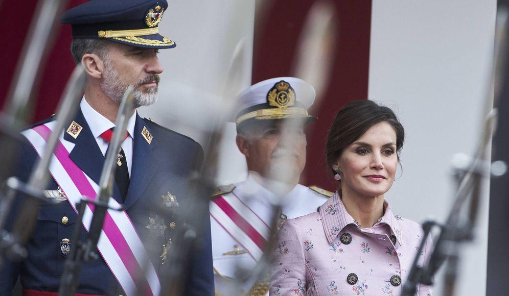 Foto: Los reyes Felipe y Letizia, en el día de las Fuerzas Armadas. (Getty)