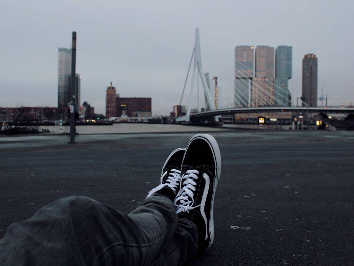 Foto: Las mejores ofertas de zapatillas Vans en Amazon (Niels Kehl para Unsplash)
