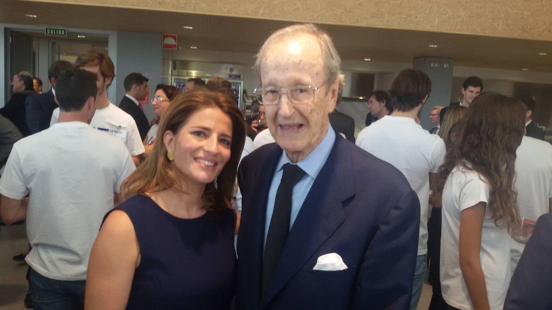 Juan Luis Gómez-Trenor, en un evento con una de las hijas de Juan Roig. (EC)