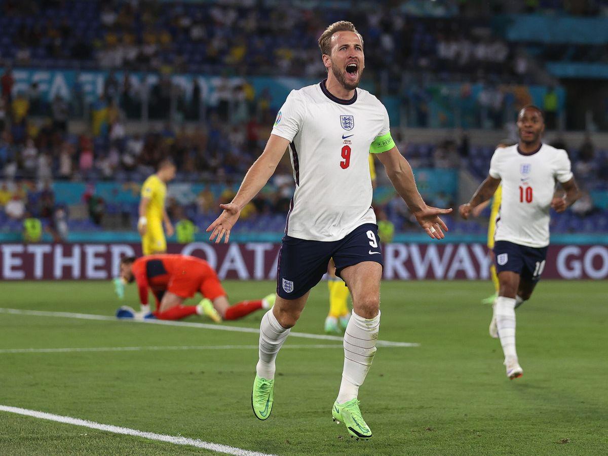 Foto: El capitán de Inglaterra celebra el primer tanto del encuentro. (EFE)