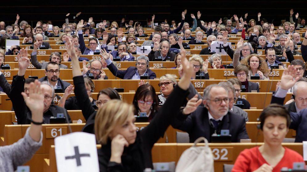 Foto: Vista general del hemiciclo durante la votación del Parlamento Europeo sobre el reconocimiento de Juan Guaidó como presidente interino de Venezuela. (EFE)