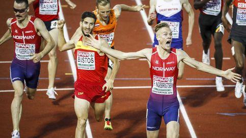 Una recta final prodigiosa le da a David Bustos la medalla de plata en el 1500