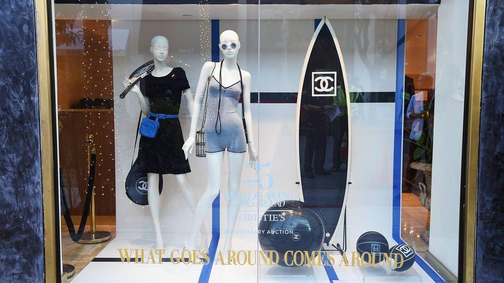 Esquiar de Dior, surfear de Chanel: la moda enloquece con la nueva subasta de Christie's