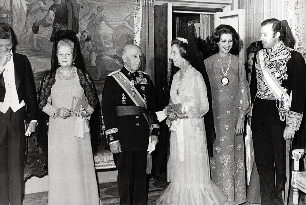 Foto: Franco junto a Carmen Polo y Carmen Martínez-Bordiú (Gtres)