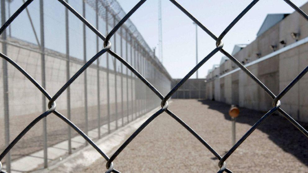 La extraña muerte en prisión del policía que mató al patrón de su hijo