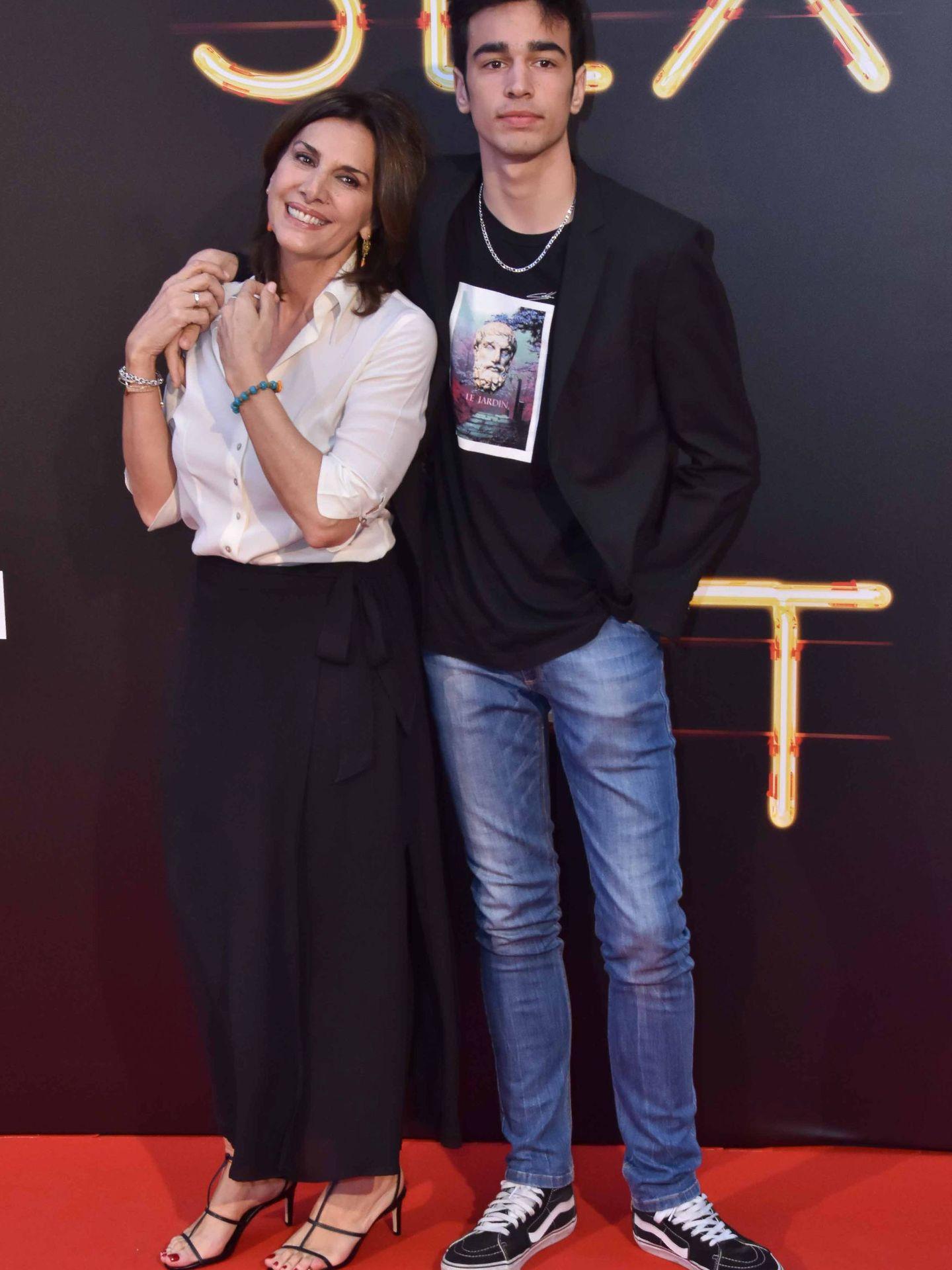 Pastora Vega y su hijo Daniel Arias. (CP)