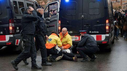 Tensión y cargas de los Mossos frente al Museo de Lleida
