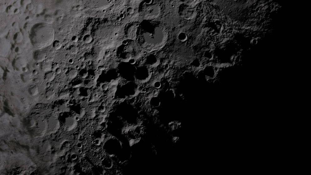 Foto: Superficie con cráteres de la Luna. Foto: NASA