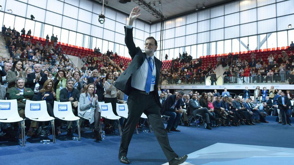 Foto: El líder del PP, Mariano Rajoy, en el acto de clausura del XVIII Congreso Nacional del Partido Popular. (EFE)