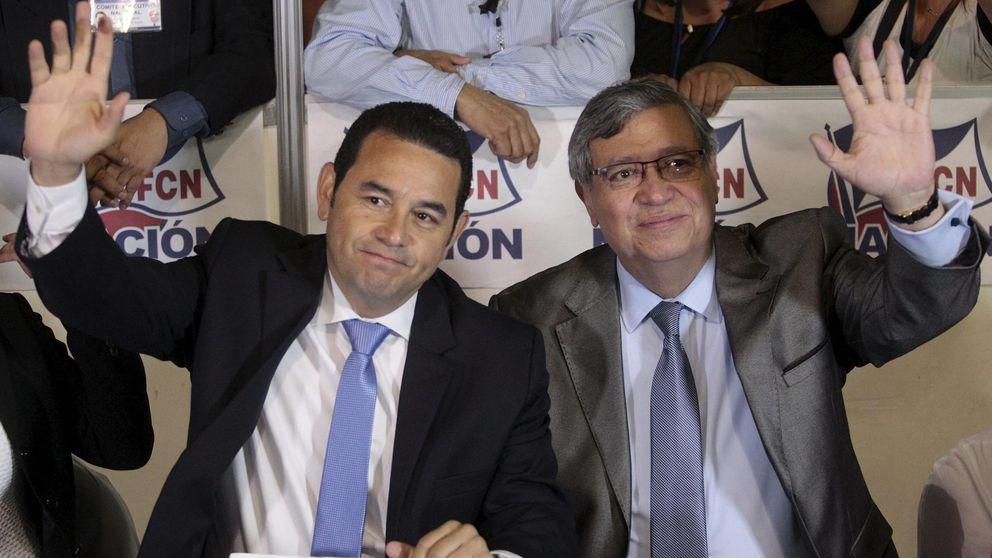 El cómico Jimmy Morales arrasa en las elecciones de Guatemala