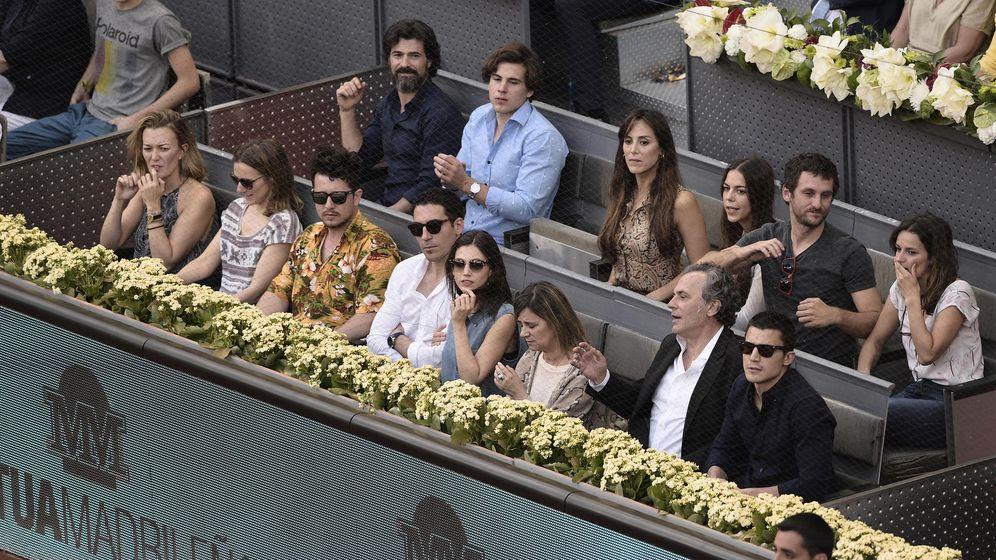 Foto: Famosos en uno de los palcos del Mutua Madrid Open durante la edición de 2015. (Gtres)