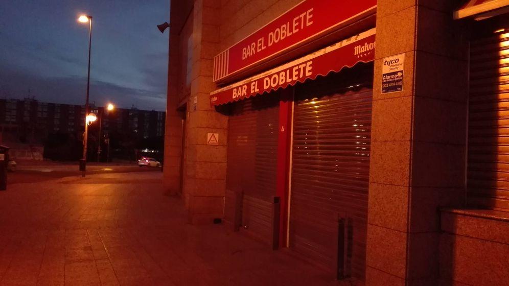 Foto: El Doblete, uno de los bares que ya han echado el cierre. (Samuel Ruiz)