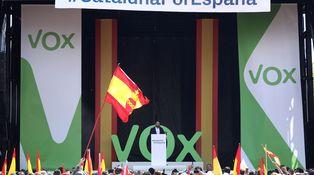 Ya hemos pasao: Vox se ríe de Colau en Barcelona