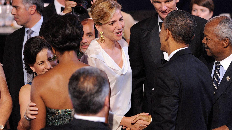 La infanta Cristina y su marido, Iñaki Urdangarin, con Barack Obama y su mujer, Michelle, en 2011 en Washington. (EFE)