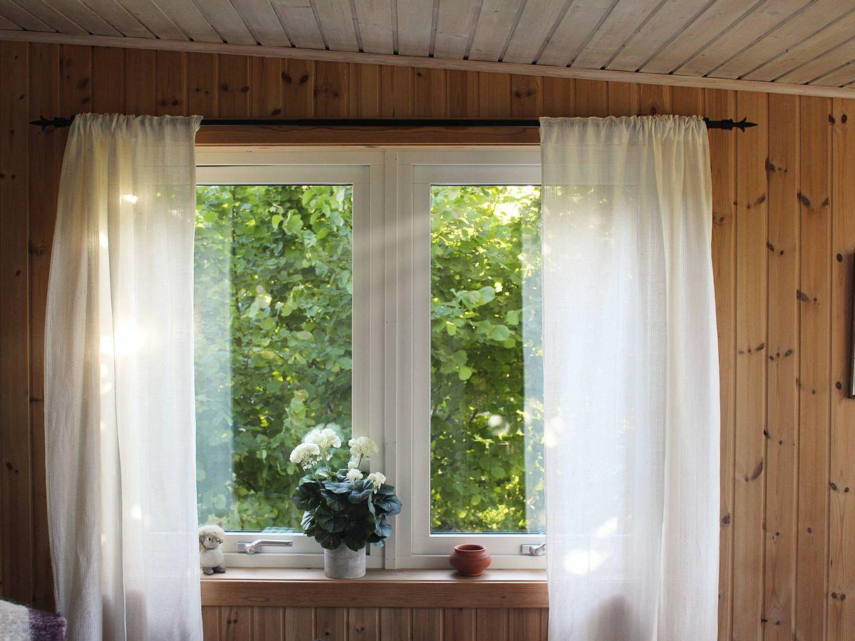 Foto: Las cortinas son un detalle indispensable para nuestro hogar. (Petter Rudwall para Unsplash)