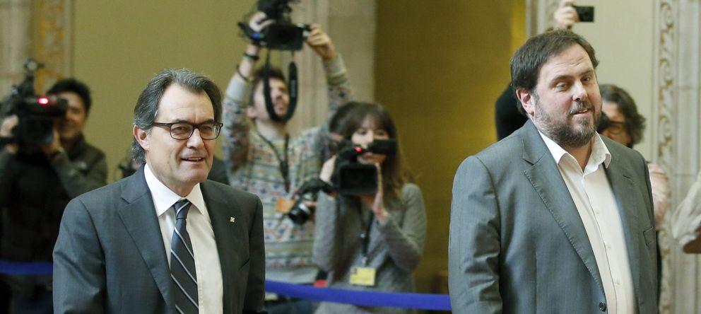 Foto: Artur Mas y Oriol Junqueras, tras su reunión. (Efe)