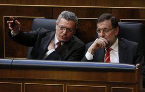 Gallardón pide luz verde a Rajoy para aprobar la ley del aborto