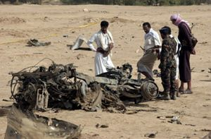Las fuerzas de seguridad detienen a tres presuntos miembros de Al Qaeda en relación con el atentado en Yemen