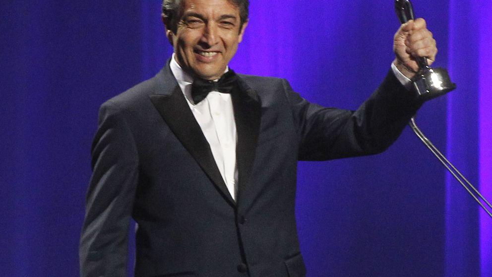 El orgullo latino corona a Colombia y arremete contra Trump