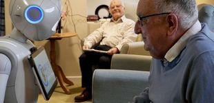 Post de Robots que ayudan a paliar la soledad en residencias de ancianos: ¿solución o inmoral?