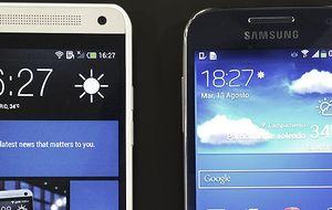 Las versiones mini del HTC One y Galaxy S4, frente a frente