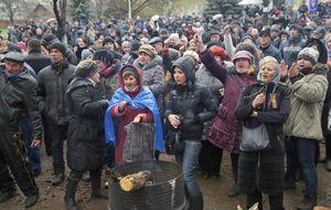Moscú advierte de una guerra civil si Ucrania cumple sus últimas amenazas