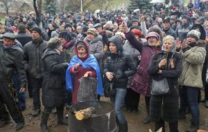 Moscú advierte de una guerra civil si Ucrania cumple sus amenazas