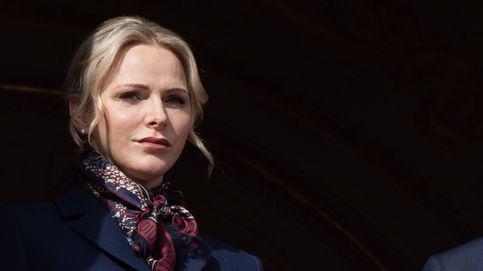 Charlène y su look a lo 'business woman' con gafas retro incluidas