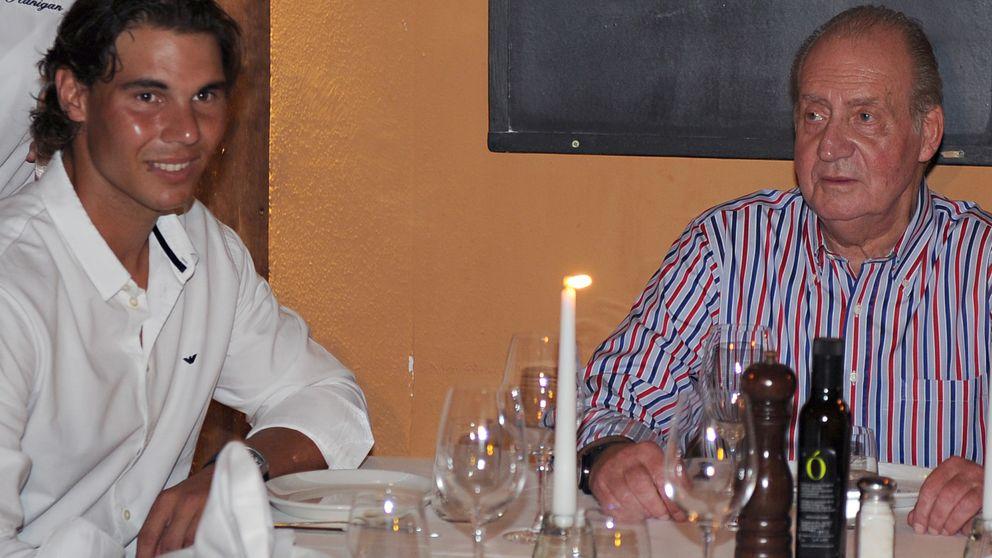 Don Juan Carlos continúa con su ruta gastronómica en Extremadura