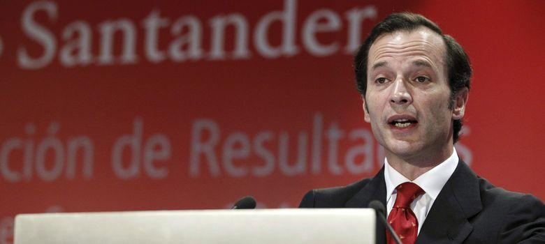Foto: El consejero delegado del Santander, Javier Marín, durante la rueda de prensa de hoy (EFE)