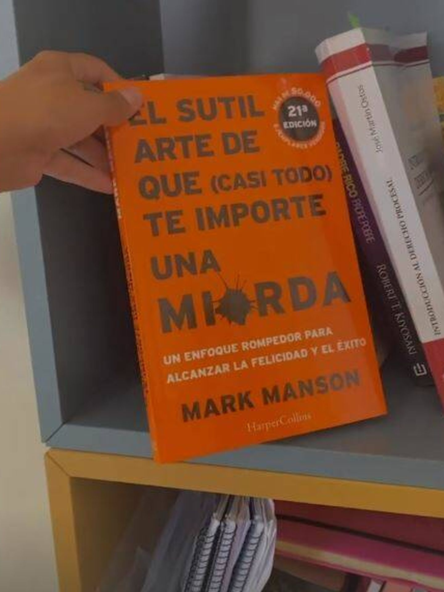 Libro que está leyendo Isa Pantoja. (Redes)