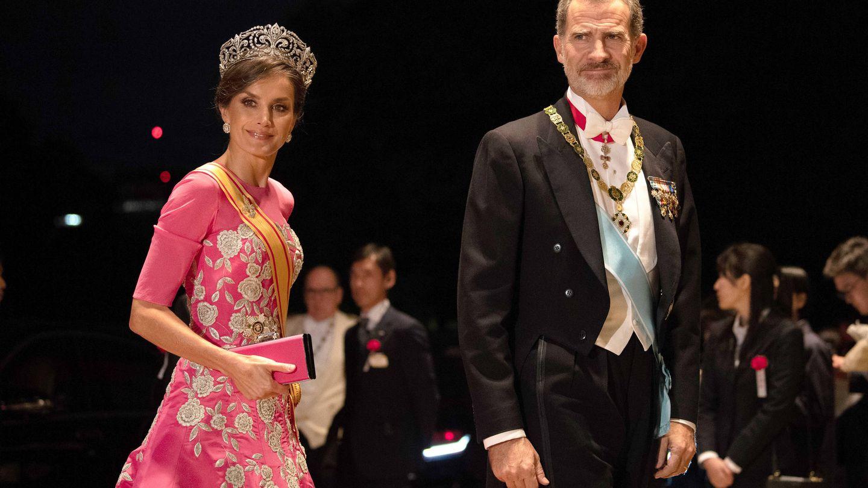 La reina Letizia, con el vestido de Carolina Herrera. (Getty)