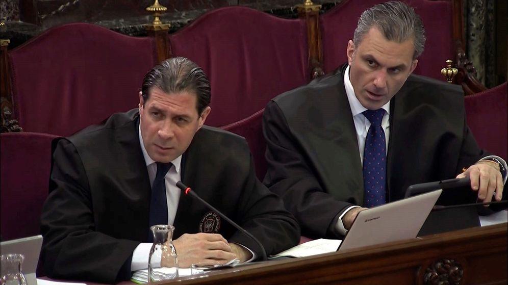 Foto: Los representantes de Vox durante el juicio del 'procés'. (Tribunal Supremo)