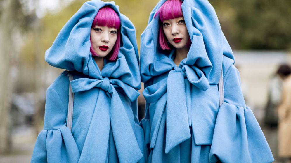 Foto: ¿Preparada para teñir tu armario de azul? (Imaxtree)
