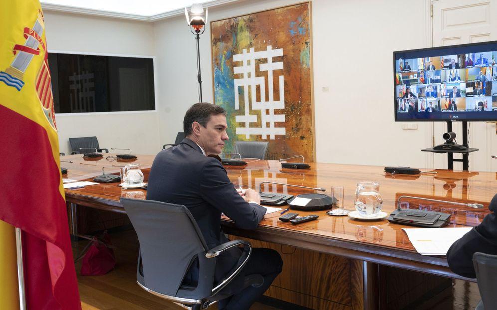Foto: Pedro Sánchez, el pasado 5 de abril, durante su última reunión con los presidentes autonómicos. (Pool Moncloa)