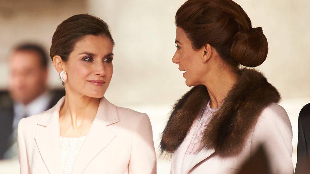 Foto: La reina Letizia junto a Juliana Awada. (Limited Pictures)